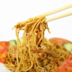 Ohne Geschmacksverstärker, Konservierungsstoffe und Aromen? Die versteckten Lebensmittelzusatzstoffe im Essen